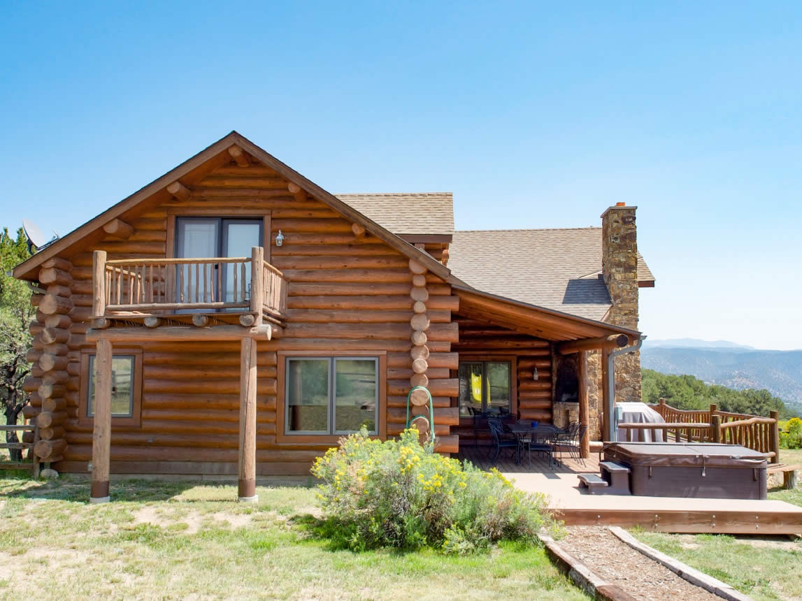 cabin rendering colorado hdr cabins king mountain for rentals rent luxury double royal gorge img